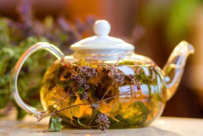 Изображение - Крепкий чай повышает или понижает давление maxresdefault-e1543315462682