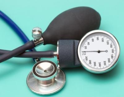 Что означают показатели артериального давления 160 на 60 — причины, симптомы и что делать?
