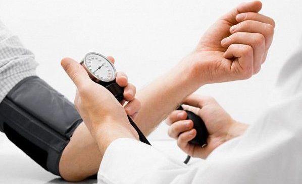 Гипертонический криз симптомы лечение последствия