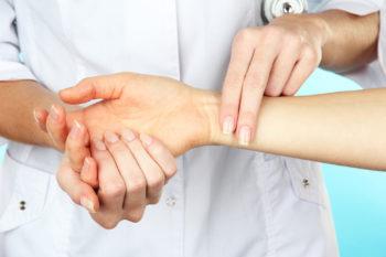 Нормальный пульс у подростка – как его измерить и от чего он зависит